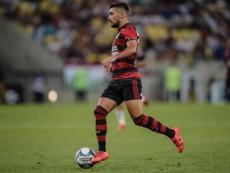 Os onzes iniciais de Flamengo e Volta Redonda. Twitter @GiorgiandeA