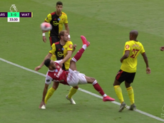 Aubameyang scored an overhead kick. Screenshot/DAZN