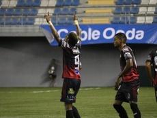 Sporting San Miguelito sigue líder. SportingSM