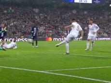 Hazard s'amuse, Isco trouve le poteau et Benzema ouvre le score. Capture/TNT