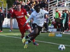 Bobby Adekanye continuará con su carrera en Italia. LiverpoolFC