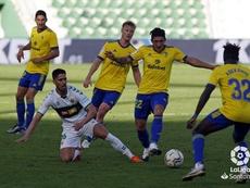Adekanye debutó en Elche con el Cádiz. LaLiga