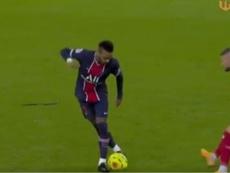 Neymar volvió a hacer de las suyas. Captura/franceDirect