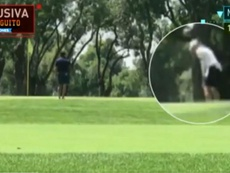 Bale was caught playing golf in Madrid. Captura/LaSexta