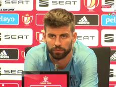 Piqué esteve presente na conferência de imprensa prévia à final da Taça do Rei. Captura/GolTV