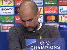 Guardiola se quedó dormido en rueda de prensa. Captura/Youtube