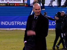 A cara de Zidane após o Real sofrer o gol da eliminação. Captura/DAZN