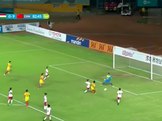Captura de imagen de uno de los nueve goles de Wang Shanshan, durante el Tayikistán-China. Youtube