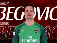 El Milan fichó a Begovic. ACMilan