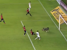 Romarinho falló un gol increíble. Captura/DirecTVSports