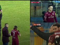 Dan Petrescu quitó al joven debutante a los 25 segundos. Captura/TelekomSport