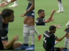 Rudy Camacho le pegó un puñetazo a su rival en la rodilla. Captura