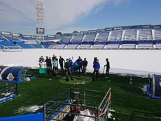 La nieve sigue muy presente en el Coliseum. Twitter/GetafeCF