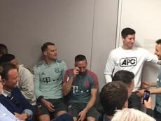 A emotiva despedida de Rafinha que fez chorar Ribéry. Captura/FCBayernTV
