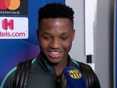 Ansu Fati falou sobre a reação do estádio após seu gol. Captura/BarçaTV