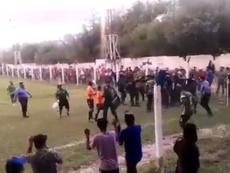 La última escena violenta en Argentina: ¡a patadas y golpes! Captura/ESPN