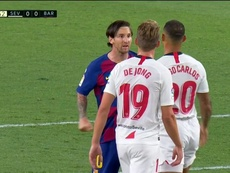 Messi perd son sang-froid et s'en prend à Diego Carlos ! Captura/MovistarLaLiga