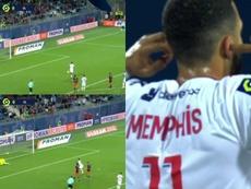 El 'efecto espejo' del Lyon: roja, penalti y gol de Depay. Captura/Movistar+