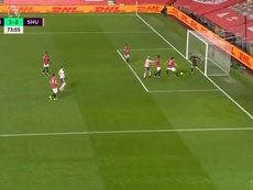 El desastroso gol en contra del United: Maguire, De Gea, Tuanzebe... Captura/DAZN