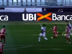 Dybala tardó 125 segundos en sentar a dos defensas y firmar otro golazo. Captura/Movistar+