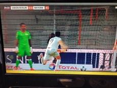 Lewandowski ancora in goal. Captura/MovistarLigadeCampeones