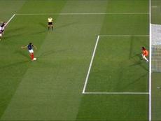 Qui aurait dû être sanctionné sur le penalty ? Capture/TFIEnDirect