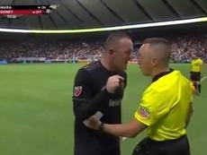 Rooney empieza a estar harto de los arbitrajes de la MLS. ESPN