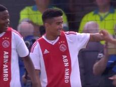 Con sólo quince años, Ünüvar ya sabe lo que es marcar en la Youth League. AjaxTV