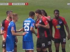 Dedryck Boyata s'excuse pour avoir touché le visage de Marko Grujic. beINSports