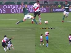 De la expulsión de Rojas al penalti a Suárez anulado por el VAR en dos minutos. Captura/ESPN