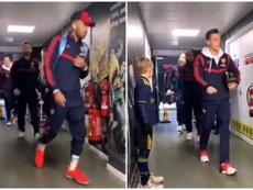 Billy got to meet the Arsenal players. Instagram/norwichcityfc
