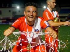 Carlos Peña se retiró. FCGoa