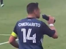Chicharito fue capitán en su estreno con Los Angeles Galaxy. Captura/Celia0867