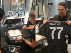 Gianluigi Buffon oficializou seu retorno à juventus após um ano no PSG. Collage/JuventusFC