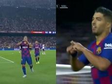Luis Suárez le dedicó su primer gol a la fallecida hija de Luis Enrique. Captura/LaLiga