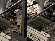People were caught watering down the beer sold in the stadium. Captura