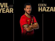 Hazard, o melhor jogador belga pelo segundo ano consecutivo. BelgianRedDevils