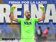 Spanish goalkeeper Pepe Reina signs for Lazio