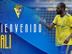 Fali llega al Cádiz hasta 2022. Twitter/Cadiz_CF