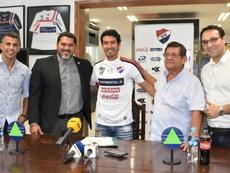 Nacional se hace con la veteranía de Riveros. ClubNacionaPy