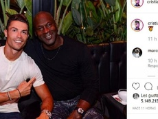 Cristiano posó con otra leyenda. Instagram/Cristiano