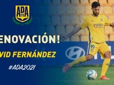 David Fernández firma por un curso más. Twitter/AD_Alcorcon
