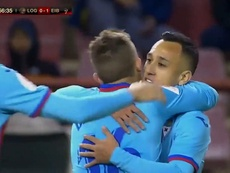 DE Blasis hizo un triplete de goles ante el Logroñés. Captura/DAZN