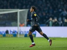 Todibo revelou que é o positivo do Barça. Schalke04