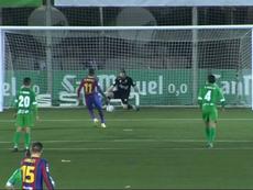 ¡Héroe Ramón! Paró el segundo penalti a Dembélé. Captura/DAZN
