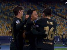 Dest scored for Barca. Screenshot/MovistarLigadeCampeones