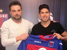 Diego Morales amplió su estancia en Tigres. Twitter/catigreoficial