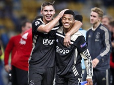 Ajax cruise into Champions League group stage