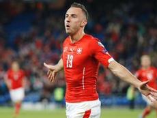 Foi Drmic, entrado aos 65 minutos, a garantir o triunfo da seleção suiça. EFE