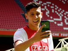 Edson Álvarez respondió a De Boer. Twitter/AFCAjax